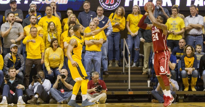 Oklahoma Sooners 67-69 West Virginia Mountaineers in 2016 Big 12 Tournament