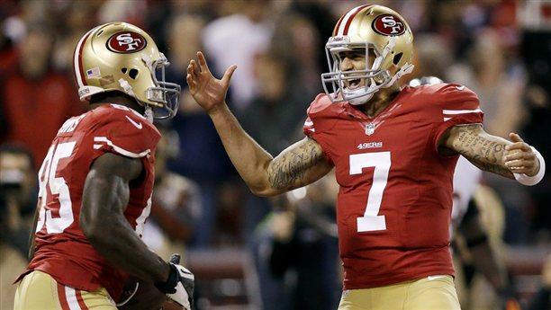 Gran actuación de Kaepernick en la victoria de los 49ers sobre los Bears