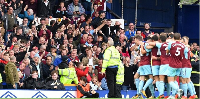 Previa Burnley - West Ham: Los vinotintos deben lograr los 3 puntos para mantenerse en puestos europeos