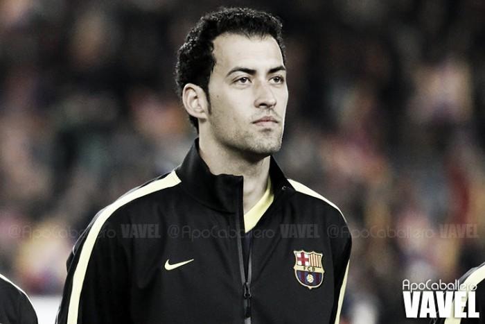 Sergio Busquets estende contrato com Barcelona até 2021