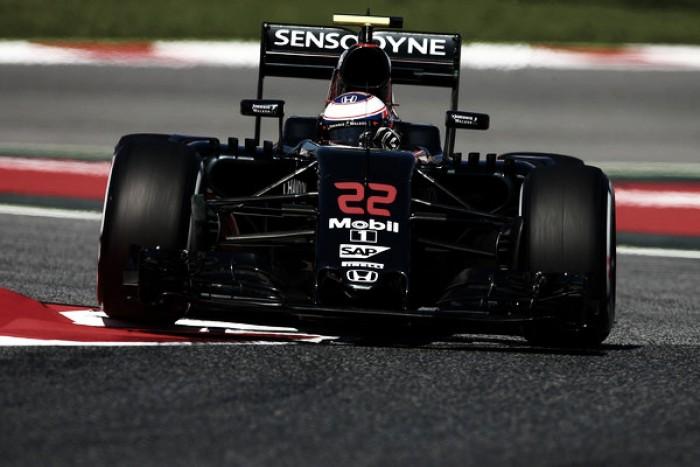 Chefe da Honda diz que McLaren deve receber atualizações nas próximas corridas