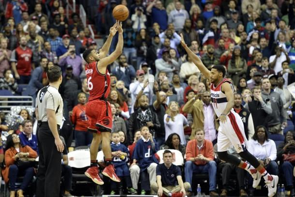 Cory Joseph Buzzer Beater Lifts Raptors To Fourth Straight Win