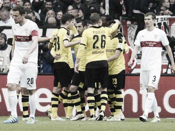VfB Stuttgart 0-3 Borussia Dortmund: Kagawa, Pulisic and Mkhitaryan make Bayern wait for league title