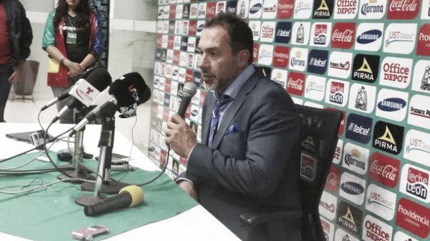 """Gustavo Matosas: """"El equipo nunca enloqueció"""""""