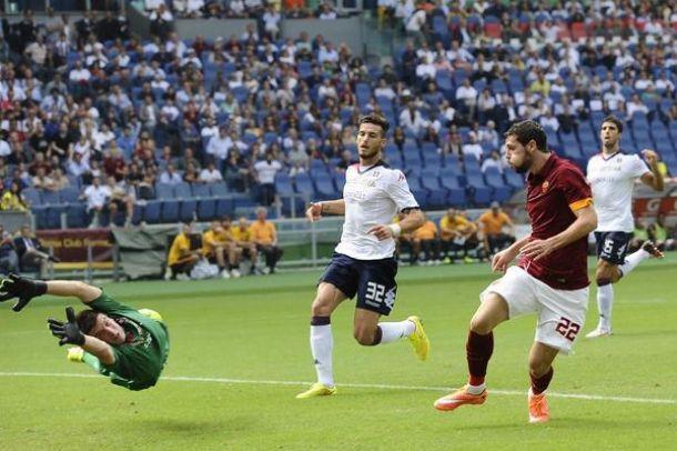 La Roma aggancia la Juventus: 2-0 al Cagliari