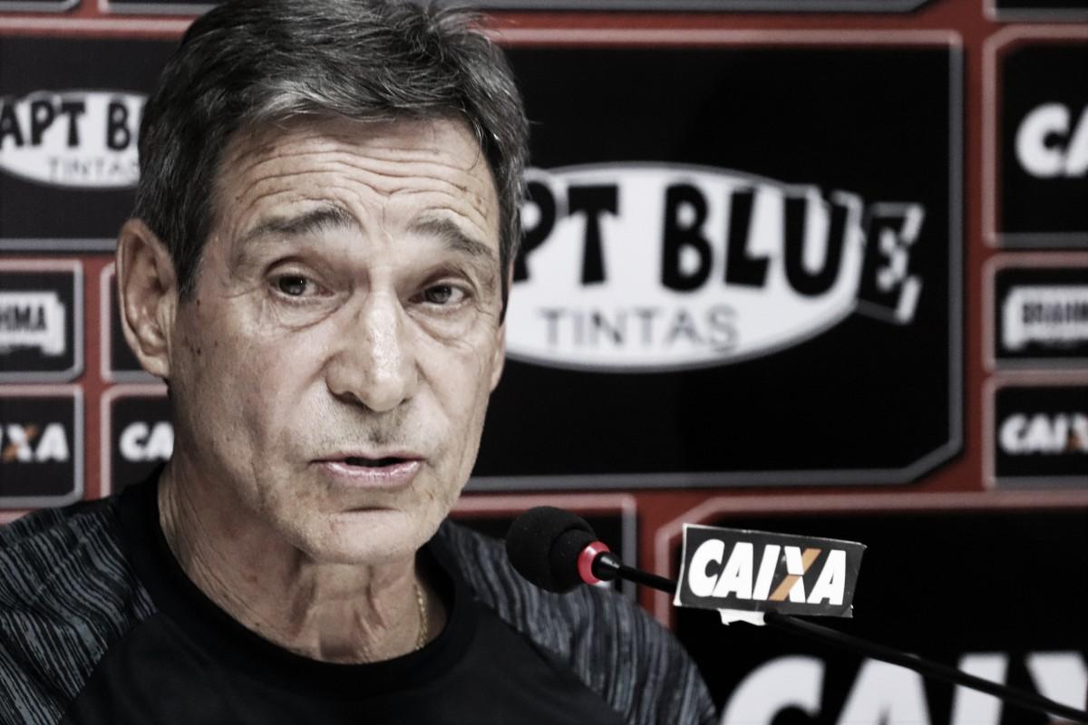 """Após derrota em casa para o São Paulo, Carpegiani assume: """"Sou o responsável"""""""