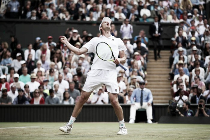 Wimbledon: Sam Querrey stuns Andy Murray to reach the last four