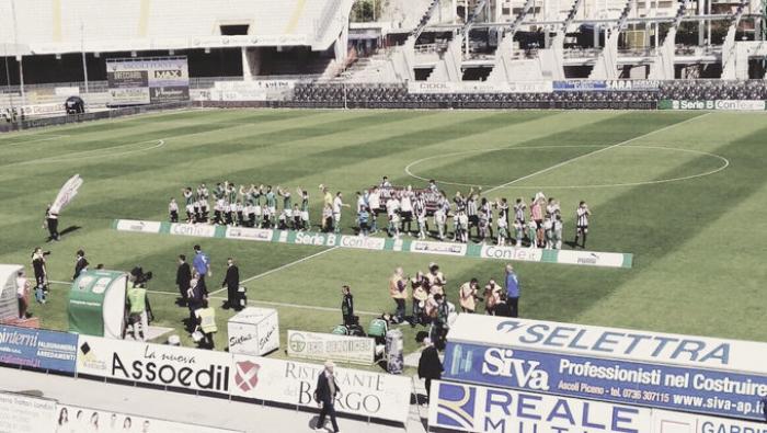 Serie B - L'Ascoli graffia con Cacia ed Orsolini, l'Avellino piange (2-0)