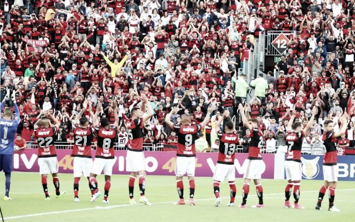Flamengo supera o Corinthians nas redes sociais — Mais querido