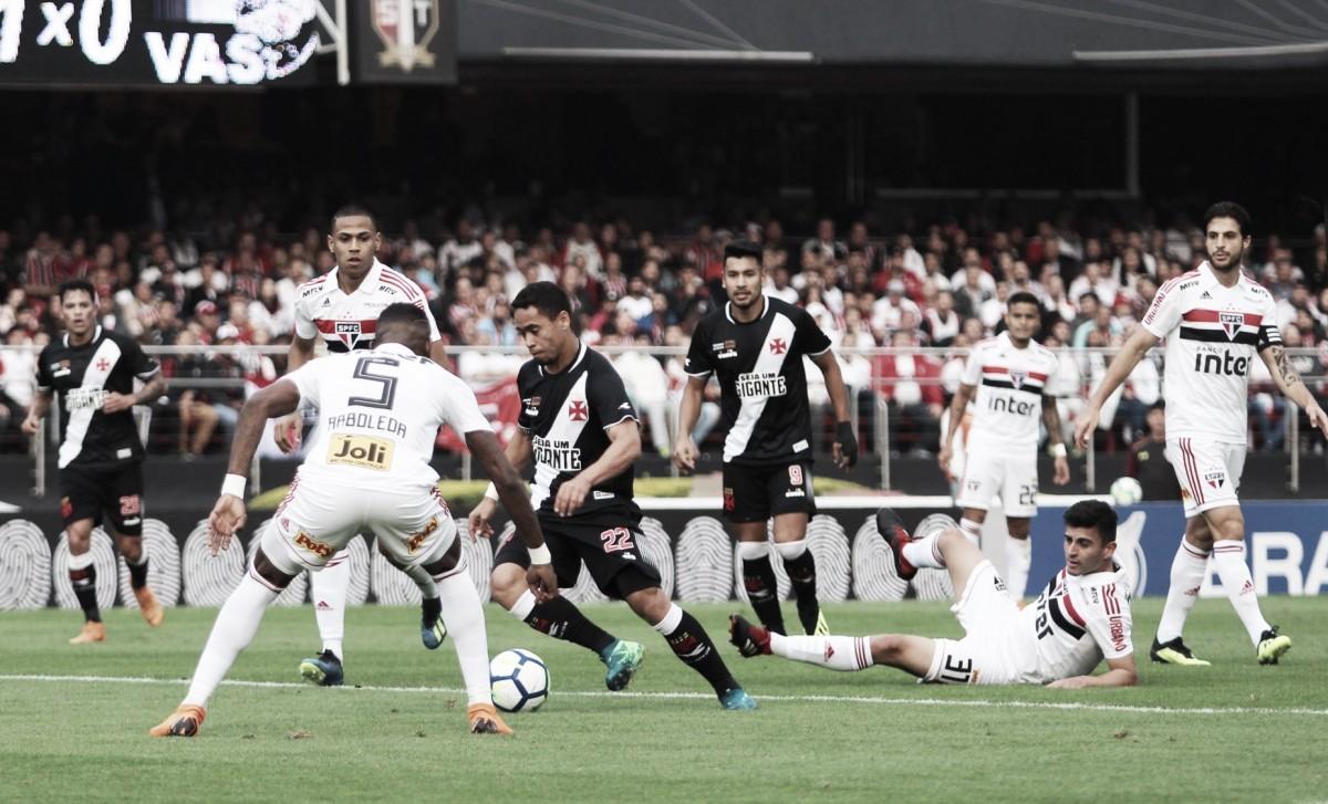 Análise: bola aérea volta a ser problema no Vasco em derrota para o São Paulo