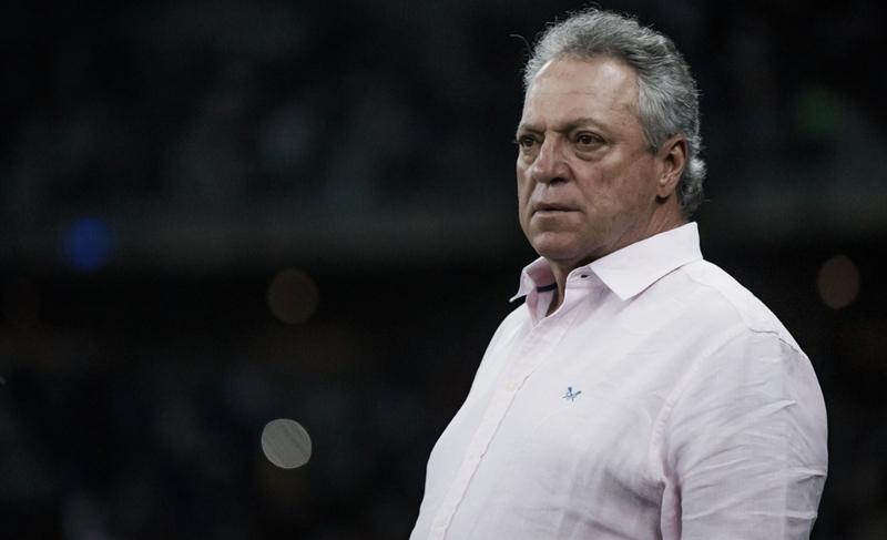 Pela terceira vez, Vasco contrata o técnico Abel Braga