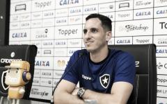 Gatito diz se espelhar em Jefferson e projeta 2019 de títulos no Botafogo