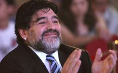 مارادونا مستشارا لنادي الرجاء الرياضي بداية من يونيو