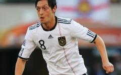 Mesut Özil quitte la Mannschaft et tacle la fédération allemande.