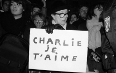 Lyon : 10.000 personnes rassemblées pour rendre hommage à Charlie Hebdo