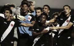 Com segundo tempo letal, Vasco bate Coritiba e vai às quartas da Copa São Paulo