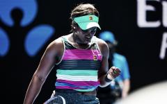 Stephens atropela Babos no terceiro dia do Australian Open