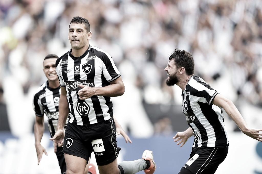 No jogo 300 do Nilton Santos, Botafogo derrota o Vasco com gol de Diego Souza