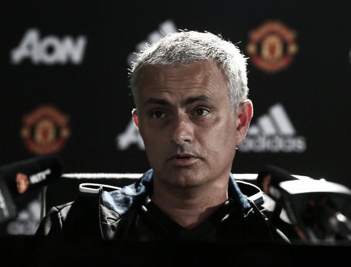 """Mourinho: """"Somos un equipo, no sólo Wayne Rooney"""""""