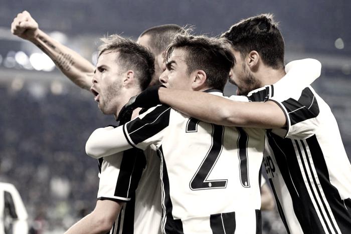 Coppa Italia - Dybala e Pjanic regolano il Milan, non basta Bacca: Juve in semifinale (2-1)