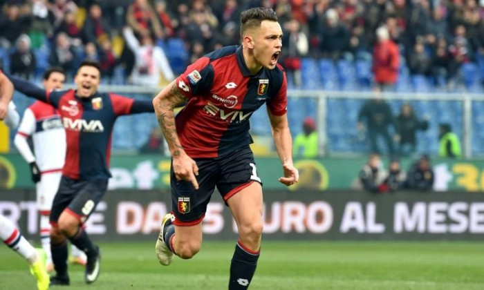 Milan, manca poco all'arrivo di Ocampos: l'argentino potrebbe essere il sostituto naturale di Niang