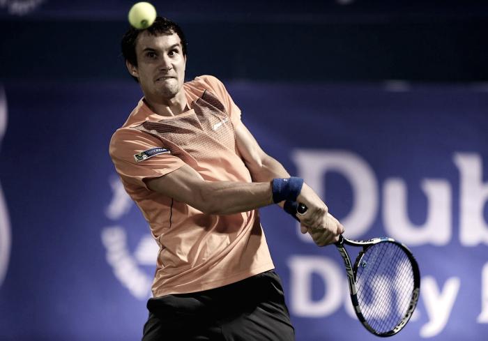 ATP Dubai - Donskoy magnifico, battuto Federer