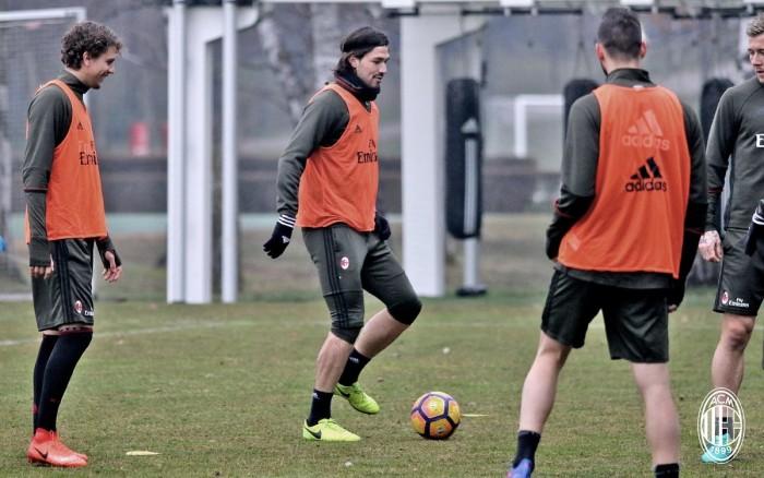 Milan, i convocati per la gara contro il Chievo: out Antonelli e Abate, torna Romagnoli