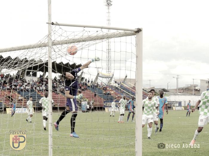 Boyacá Chico empata en el último minuto frente al Universitario de Popayán