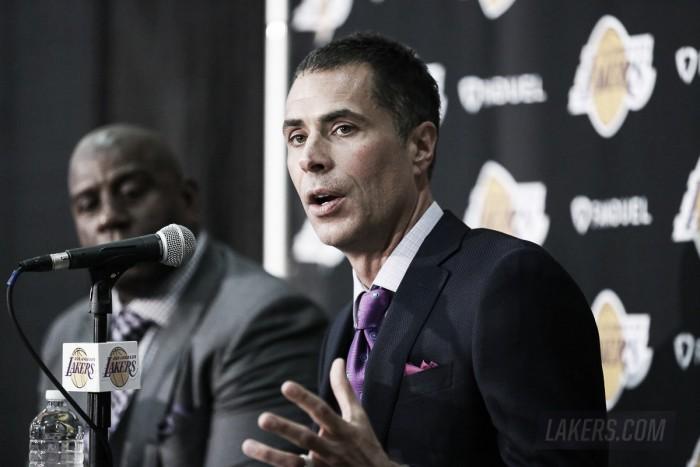 """Lakers, Rob Pelinka e Magic Johnson si presentano: """"Dobbiamo ridare entusiasmo e prestigio"""""""