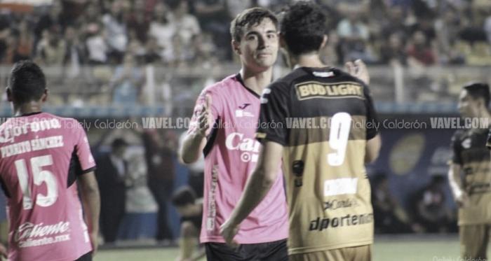 Unai Bilbao y Jorge Córdoba en el Estadio Banorte. Fotografía: Nallely Calderón VAVEL México.