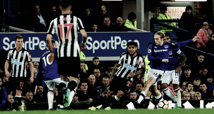DeAndre Yedlin durante el partido ante Everton | Fotografía: Newcastle