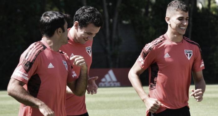 Embalado por goleada, São Paulo recebe Bragantino pelo Paulistão