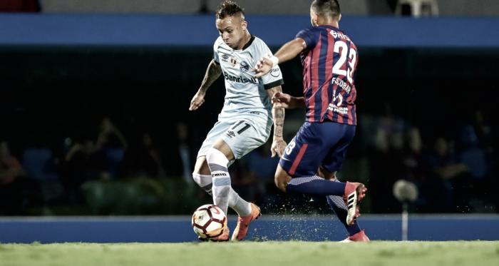 Com polêmica em pênalti não marcado, Grêmio empata com Cerro Porteño no Paraguai