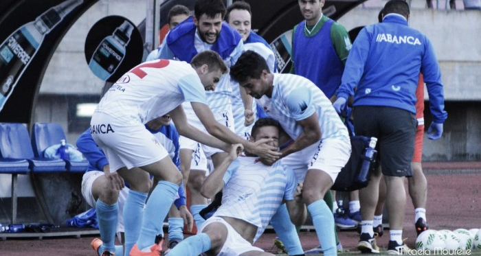 Fotos e imágenes del SD Compostela 1-0 Alondras CF de la jornada 4, Tercera División Grupo I