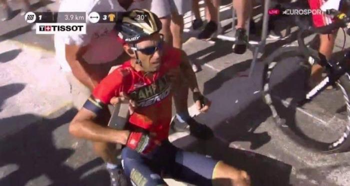 Tour de France 2018 - Incredibile Nibali, costretto al ritiro... per colpa di un tifoso - Screeenshot