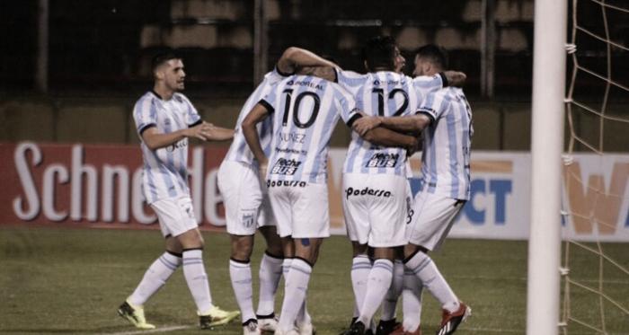 El Decano obtuvo una importante victoria ante el Calamar y avanzó a 16vos de la Copa Argentina 2019. Foto: Prensa Copa Argentina.