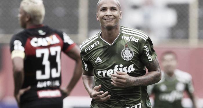Para manter invencibilidade, campeão Palmeiras recebe rebaixado Vitória