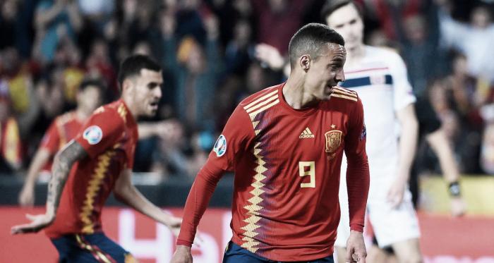 Rodrigo durante el partido clasificatorio ante Noruega   Fotografía: UEFA