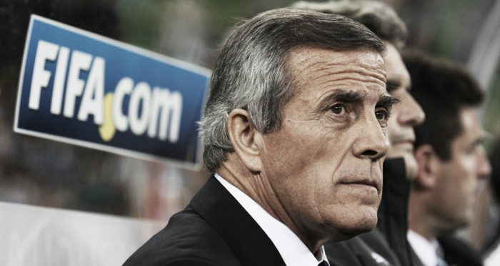 """Tabárez: """"Con Cavani hay que tener paciencia, nada más"""""""