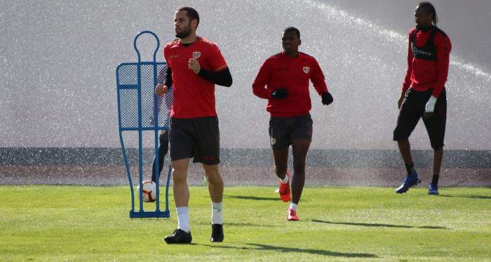 Mario Suárez durante un entrenamiento   Fotografía: Gema Paz (VAVEL)