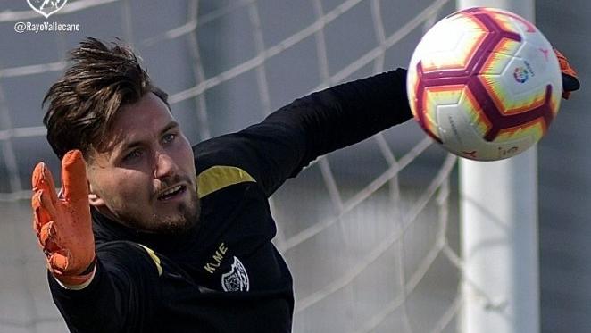 Dimitrievski durante un entrenamiento | Fotografía: Rayo Vallecano S.A.D.