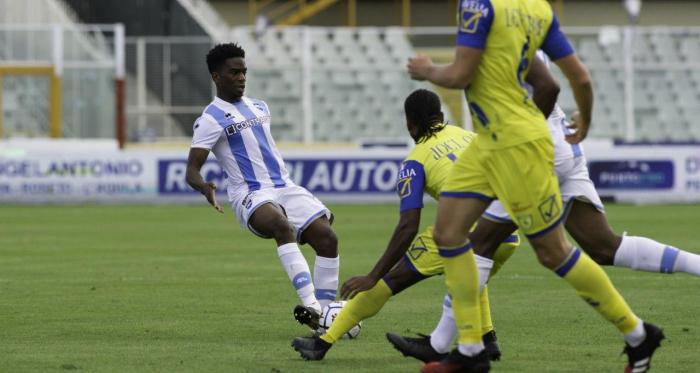 Pescara e Chievo non si fanno male: 0-0 all'Adriatico