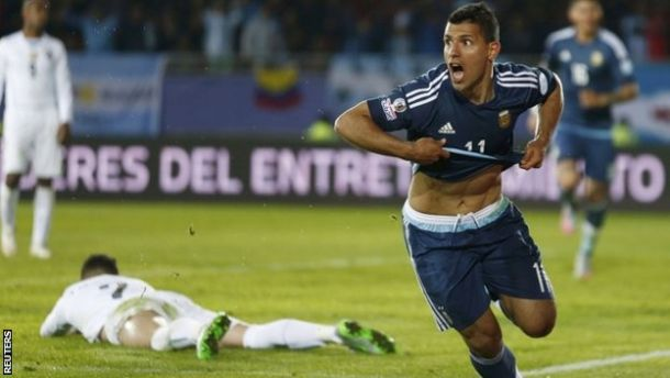 Aguero Header Helps Argentina Defeat Uruguay 1-0