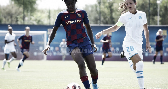 Asisat Oshoala durante el partido amistoso disputado ante el Olympique de Marsella en la Ciutat Esportiva Joan Gamper | Foto de Noelia Déniz, VAVEL
