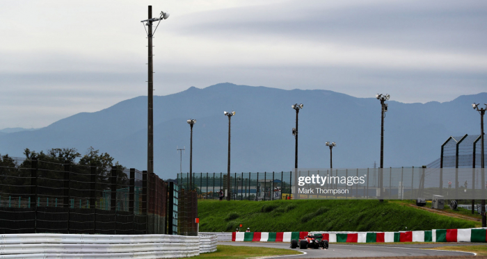 Alexander Albon of Thailand driving the Red Bull on track during practice for the F1 Grand Prix of Japan at Suzuka Circuit (Photo credit: Mark Thompson, Getty Images)