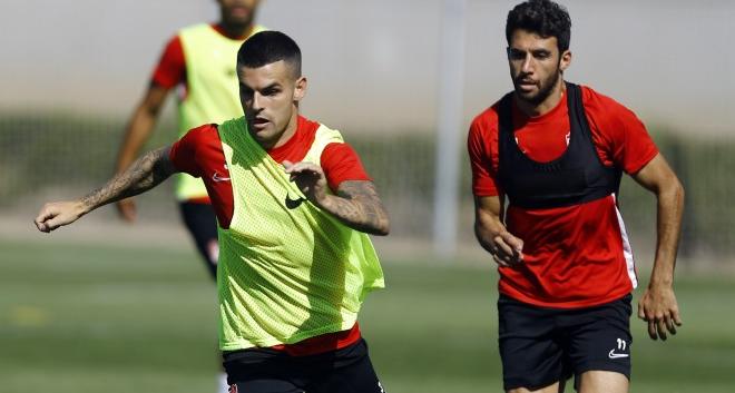 Álex Martínez en un entrenamiento del Granada | Foto: Pepe Villoslada / Granada CF