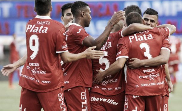 Argentinos Juniors - San Martín de Tucumán: comienzo de un largo camino