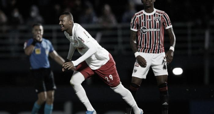 Em jogo equilibrado, Bragantino vence São Paulo no Nabizão