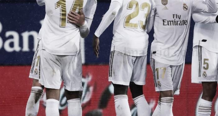 Valverde y Casemiro se abrazan / Foto: realmadrid