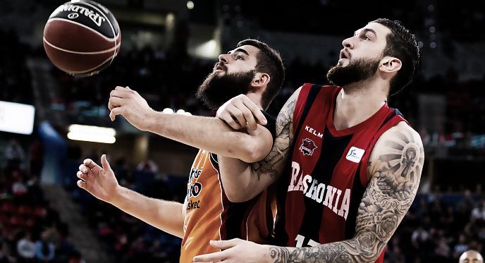 Kirolbet Baskonia y Valencia Basket se miden en el Buesa Arena. | Foto: ACB